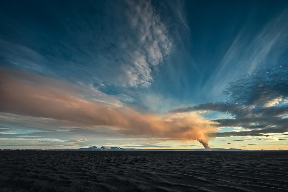 [ … Holuhraun Eruption ] by Raymond Hoffmann