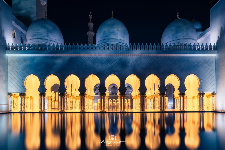 Grand Mosque by Martijn Kort