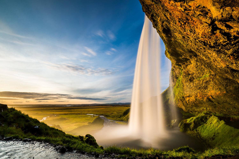 Selijalandsfoss by Gabriele Zanon