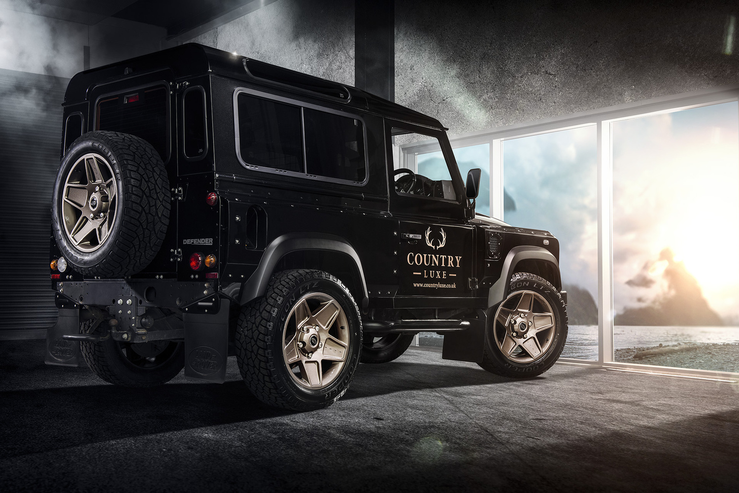 Country Luxe Defender by Graham Taylor