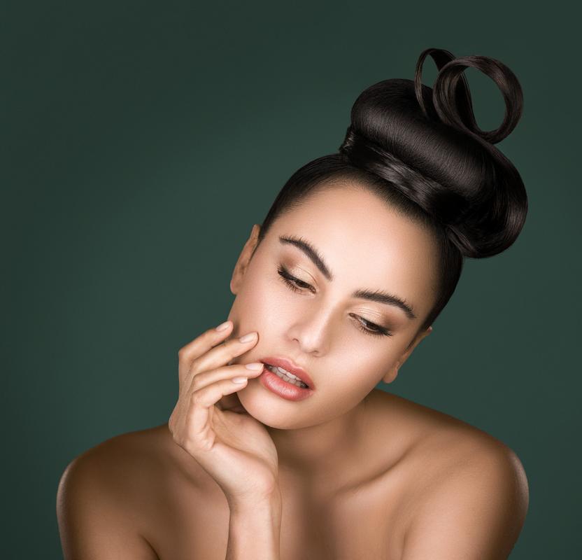 Beauty 2 by John Platanou