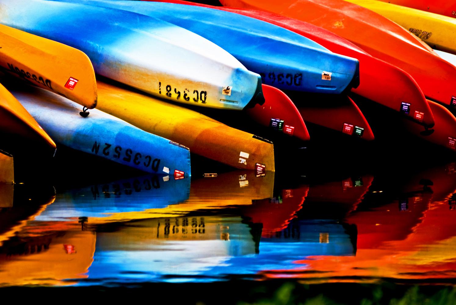 Rental canoes by Bill Jonscher