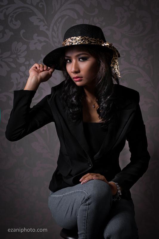 Diana-Retro by Ezani Zainal