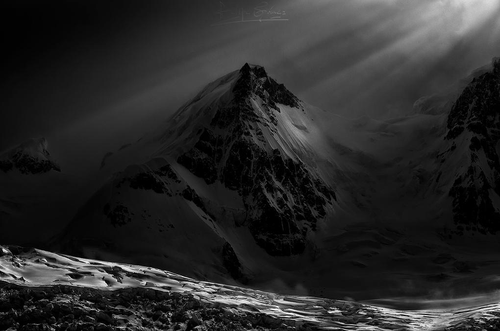 Cold in silence. by Felipe Gómez