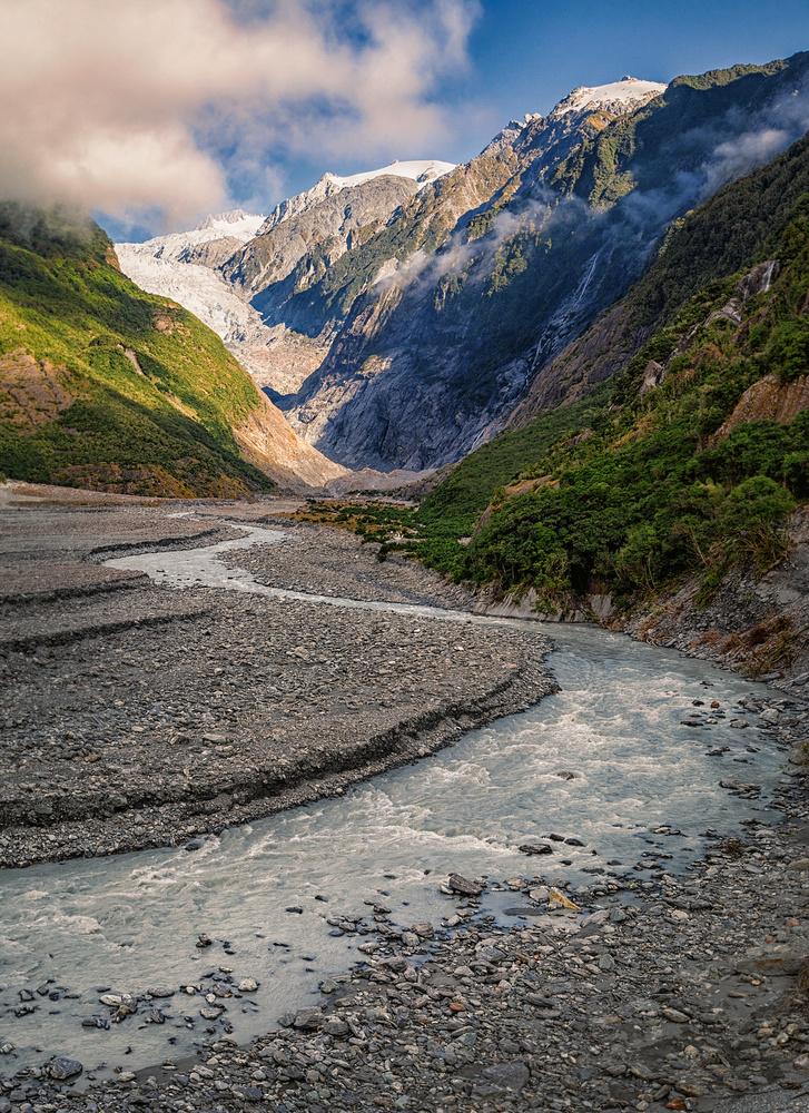 Franz Josep glacier by Marcin Pietraszko
