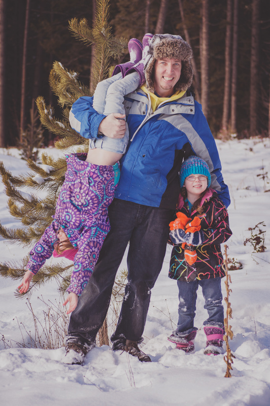Snowy Family Session by Christina Dulik