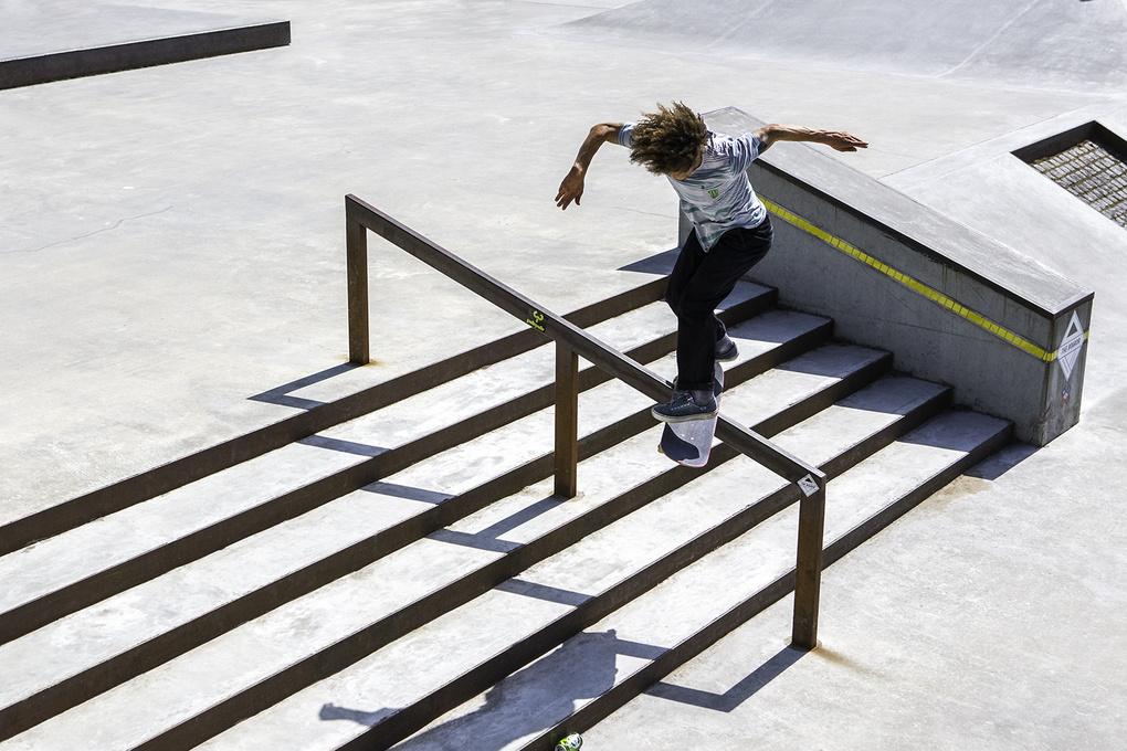 Nassim/Flip front board by jonatan milder