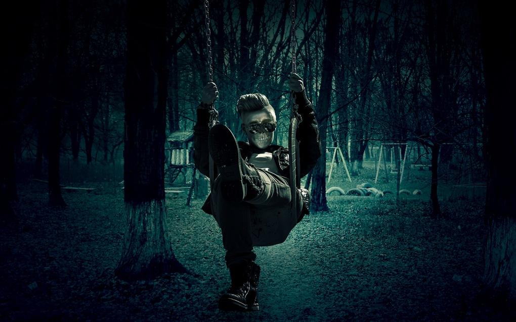 Halloween by Yollanda De Carvalho