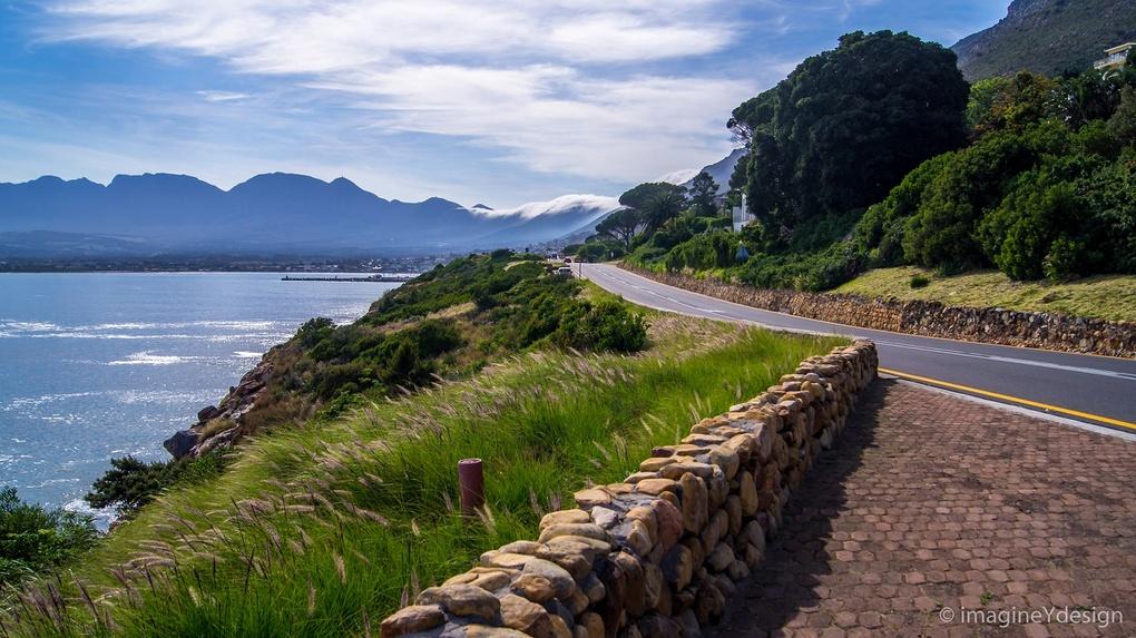 Cape Town by Yollanda De Carvalho