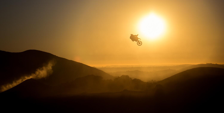 Golden Moto by Luca Cometti