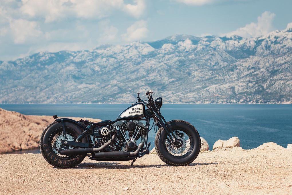 Harley Davidson by Radek Skrzypczak