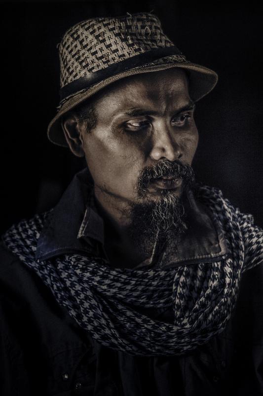 Artist by NARONG RATTANAYA