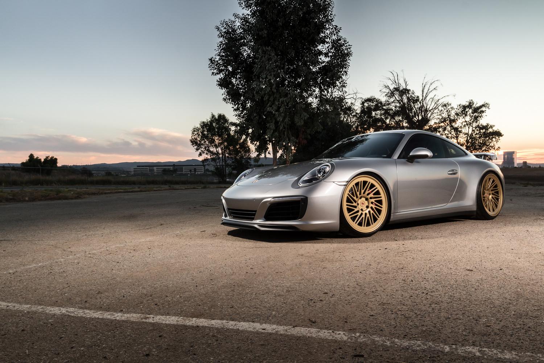 2017 Porsche 911 C4 on Vossen Wheels by Steven Hicks