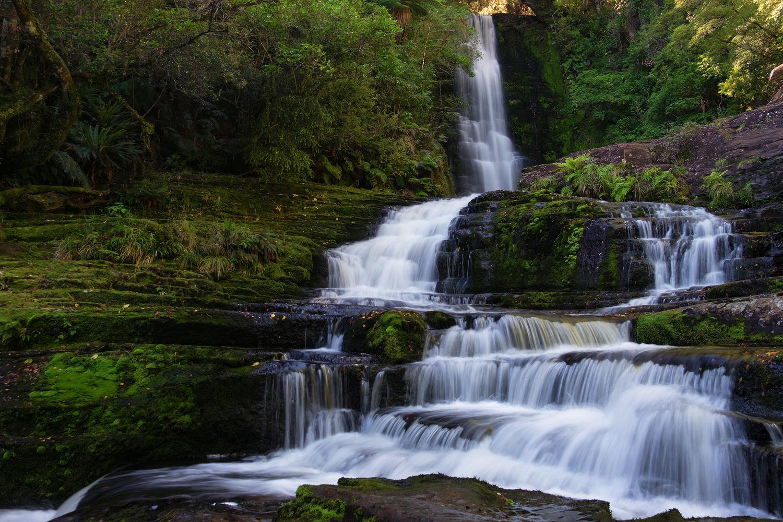 Mc Lean Falls by Tobias Kiemle