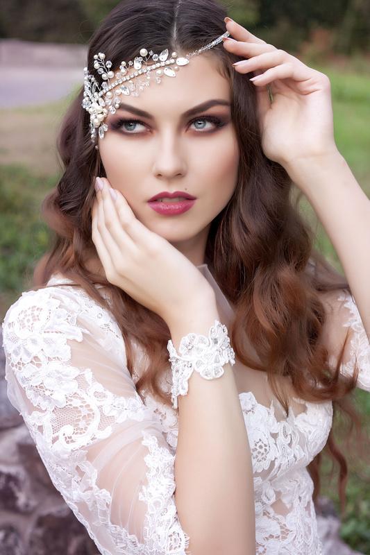 White by Alla Chudovich