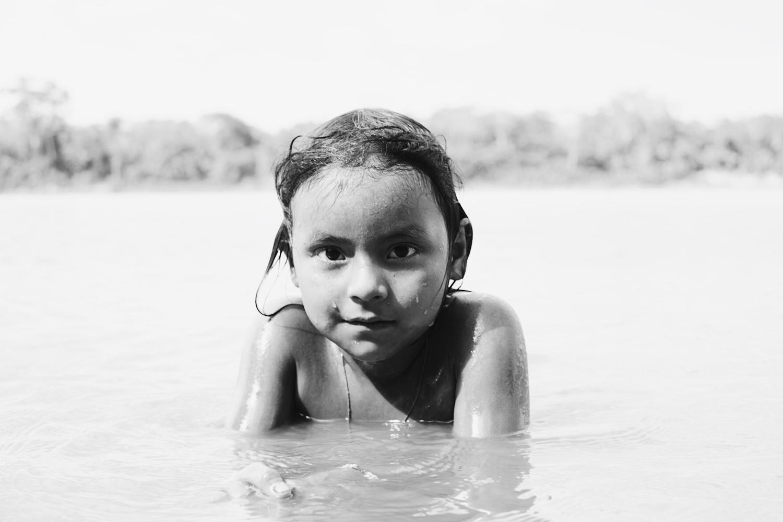 Adli, 7 years old, Matsigenka tribe by Pedro Pulido