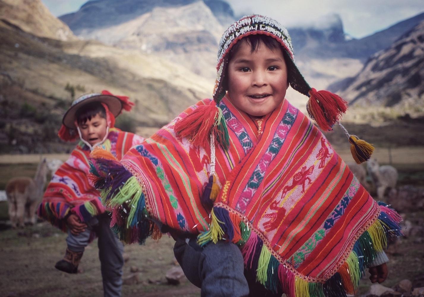 Quechua boys by Pedro Pulido