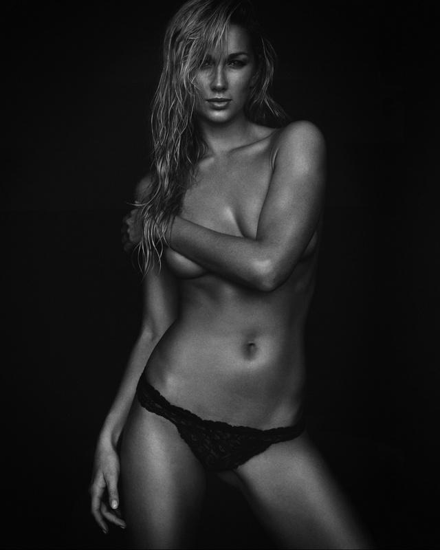 Hannah | Portrait by Jean-Claude Vorgeack