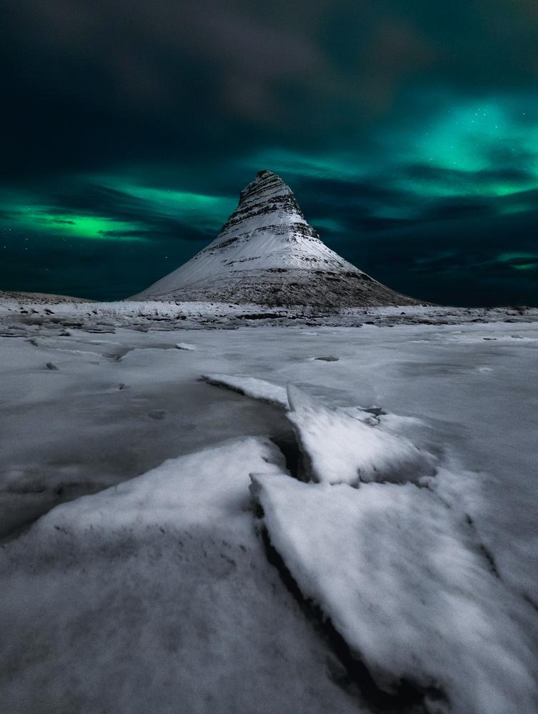 Shapes of Kirkjufell by Mikkel Beiter