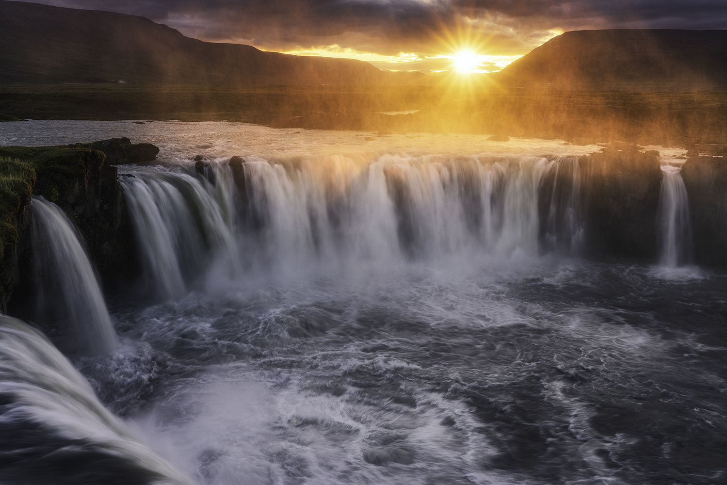 Goðafoss II by Mikkel Beiter