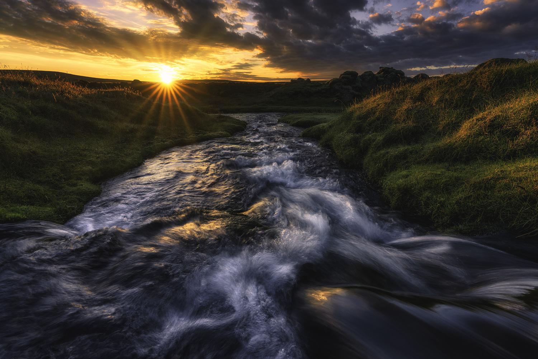 Sunrise Flow by Mikkel Beiter