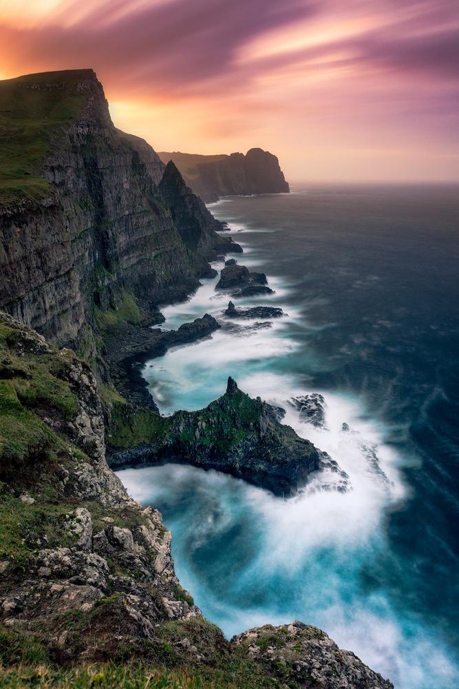 Faroe Coast by Mikkel Beiter