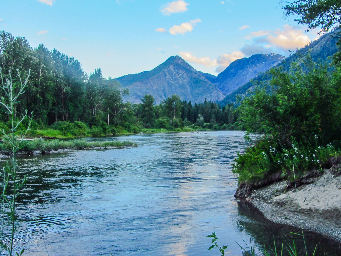 Wenatchee River by Kevin Graves