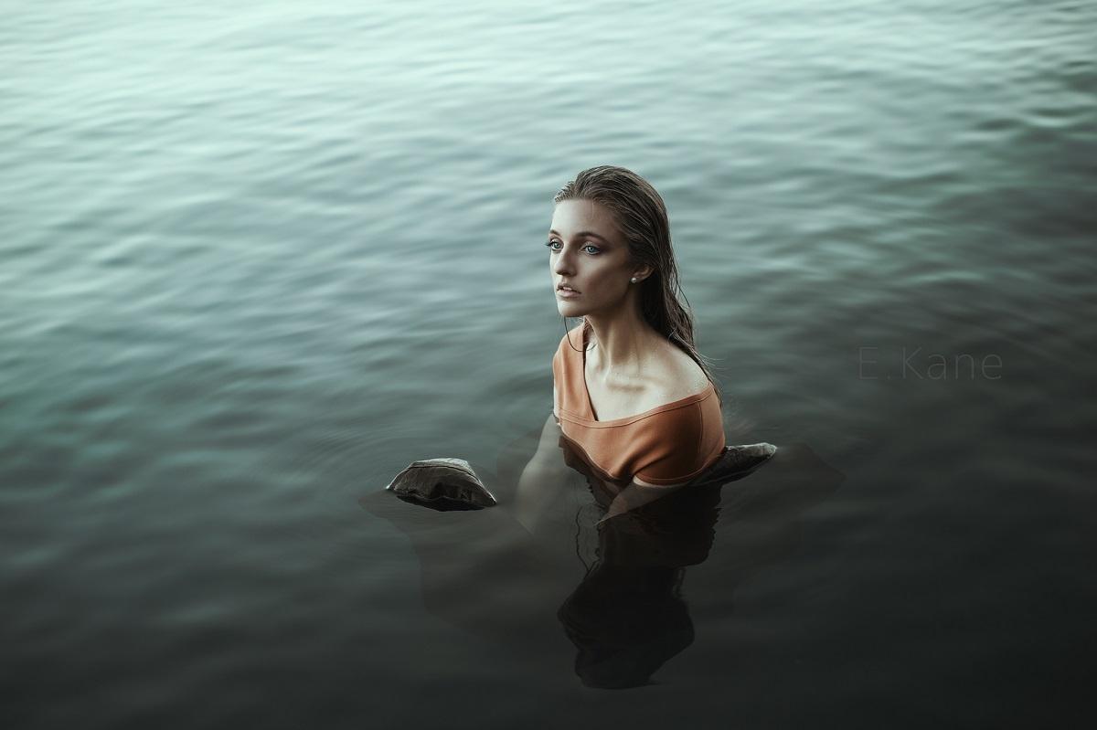 Siren by Evan Kane