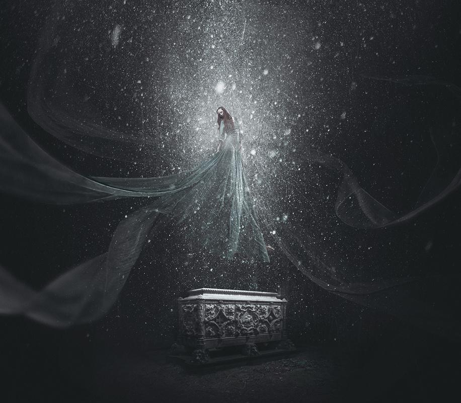 Aurora by Victor Hamke