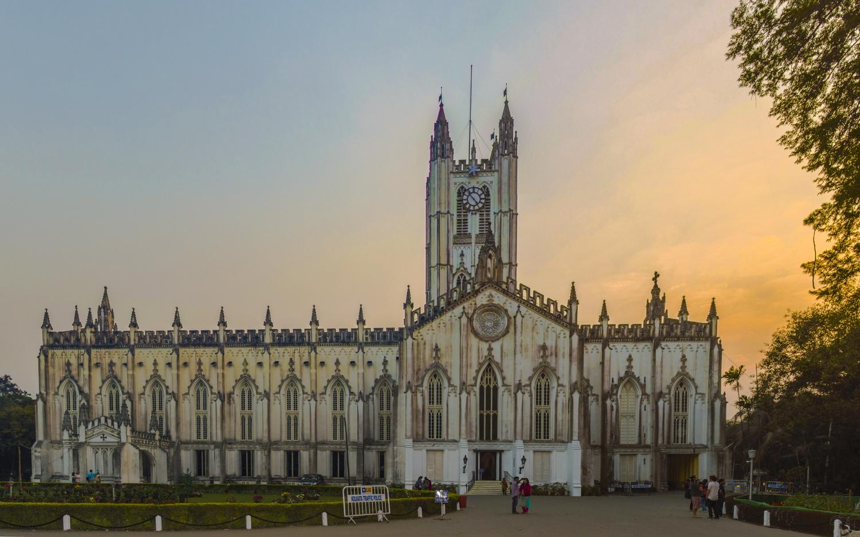 St Paul's Cathedral, Kolkata by Subhrajyoti Saha