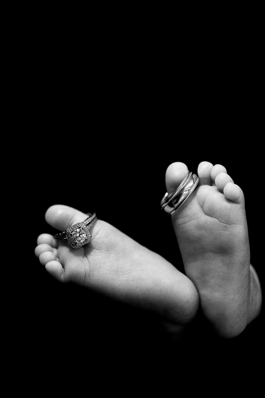 Favorite Newborn Foot Pose by Ian Ludwig