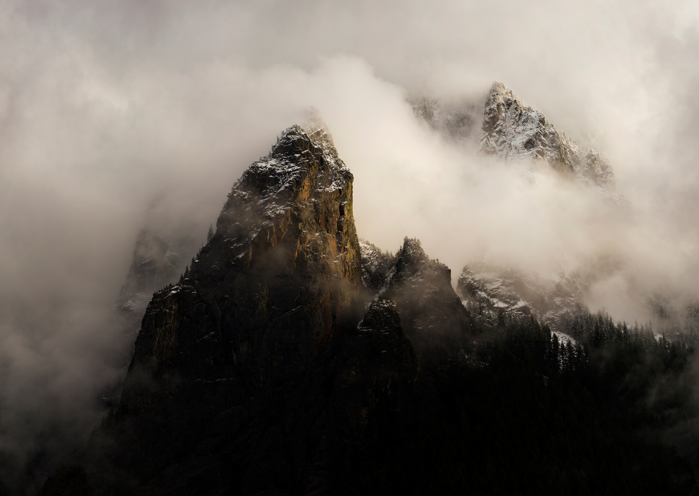 Into the clouds by Georgi Georgiev