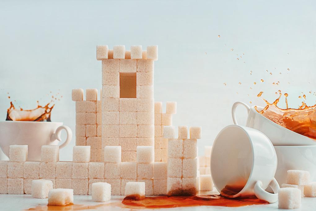 Teatime siege  by Dina Belenko
