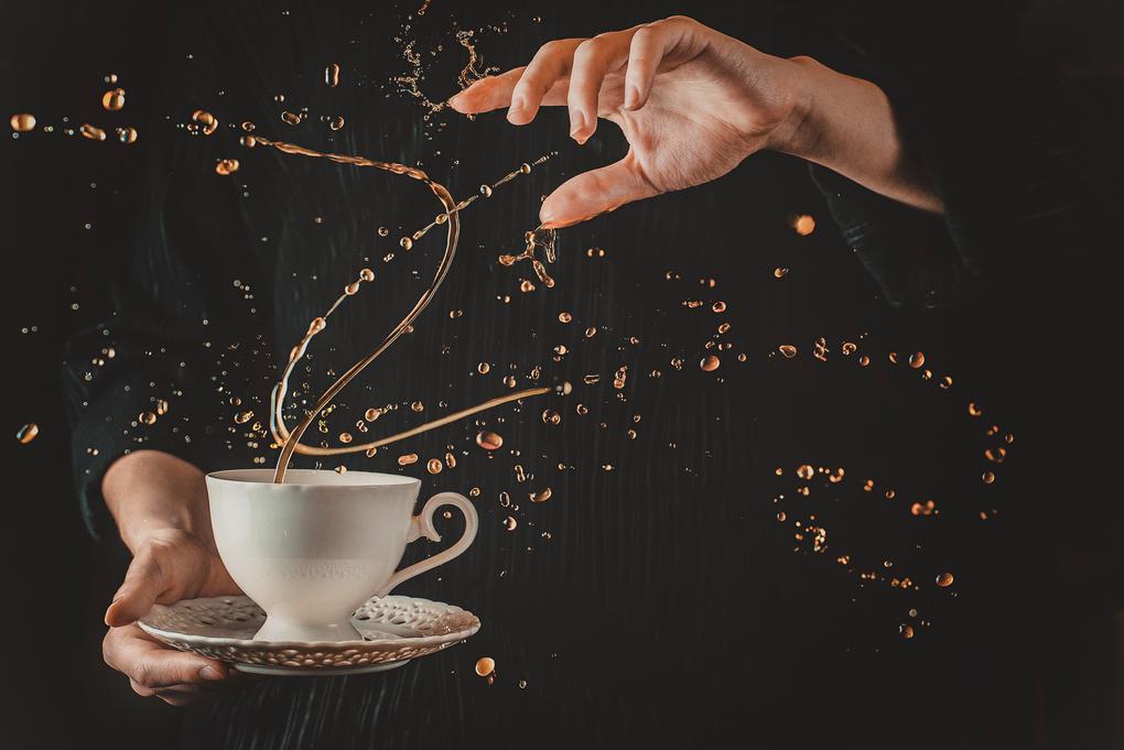 I'm a coffeebender!  by Dina Belenko