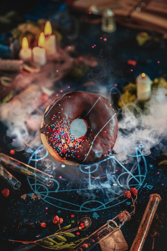 Alchemy Donut by Dina Belenko