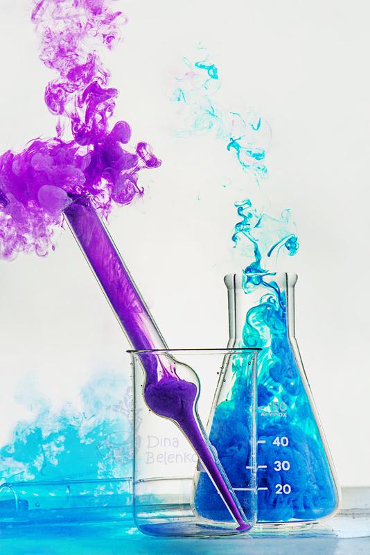 Chemistry class  by Dina Belenko