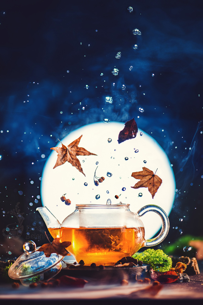 Moonshine Tea by Dina Belenko