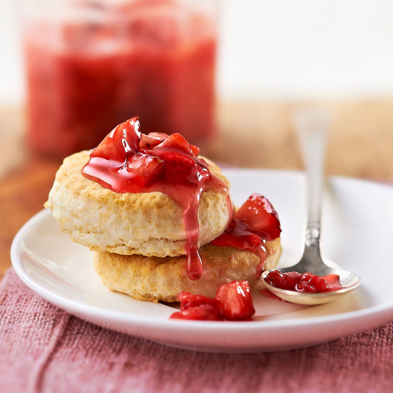 Homemade strawberry syrup & biscuts  by Studio Peck