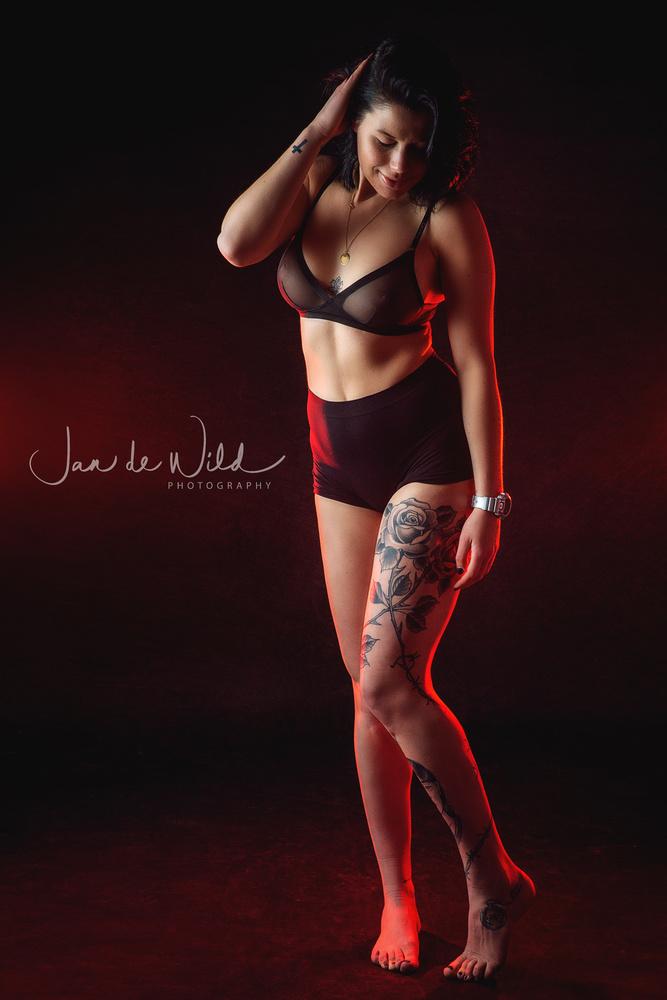 Lady in red by Jan de wild