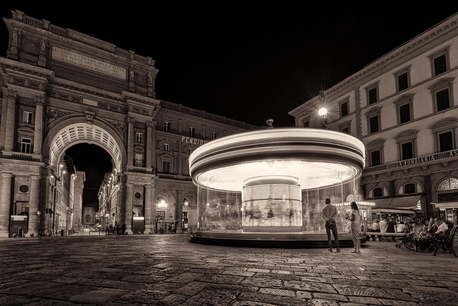 Piazza Della Republica by Chris Ward