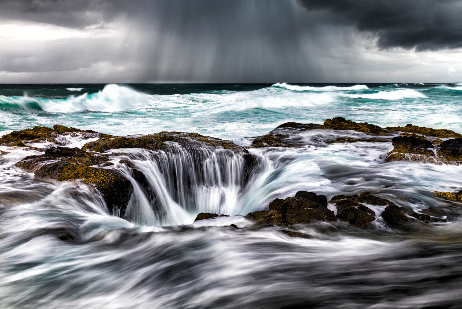Thor's Well by Chris Ward