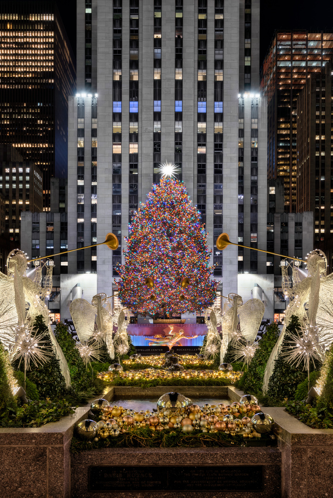 A NYC Christmas by Chris Ward