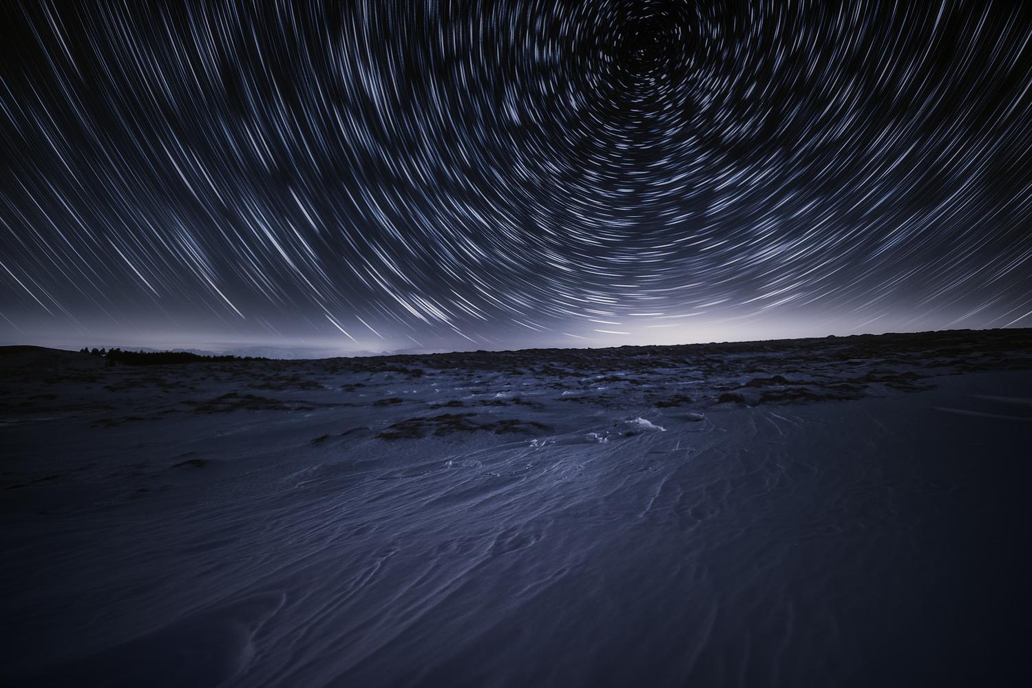 Into the starcircle by Shumon Saito