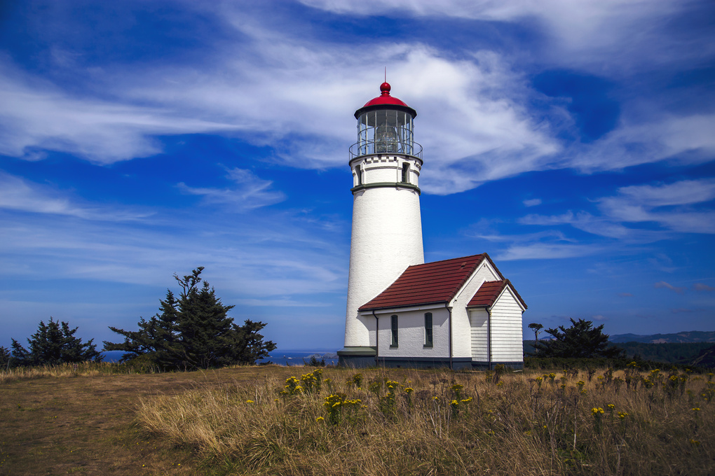Oregon Light House by michael kinnaman
