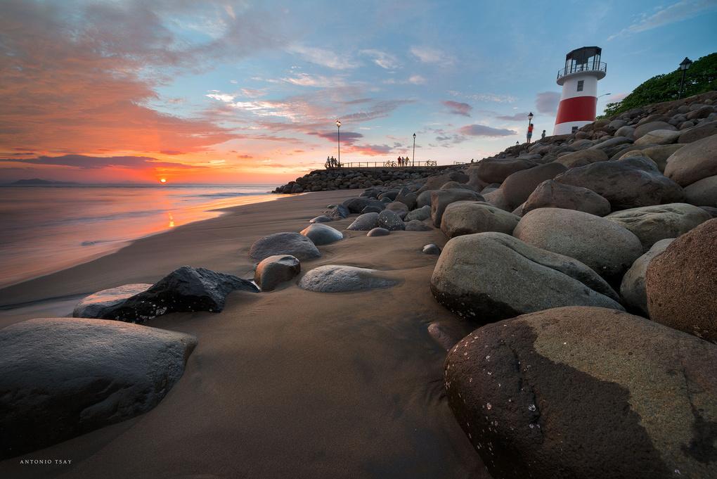 Lighthouse by Toni Tsay