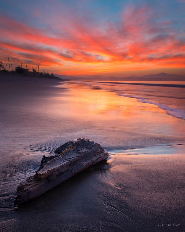 Lonely sunrise by Toni Tsay