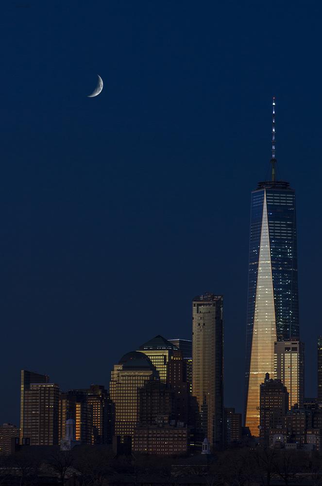 Moon Over Manhattan by GI PAMPERIEN