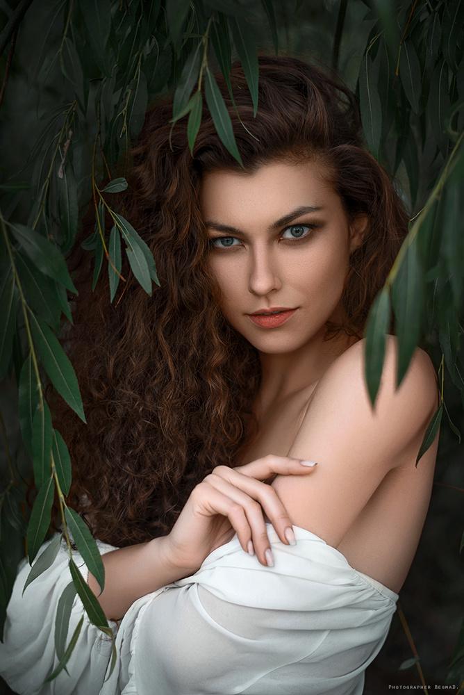 Ksenia by Dima Begma