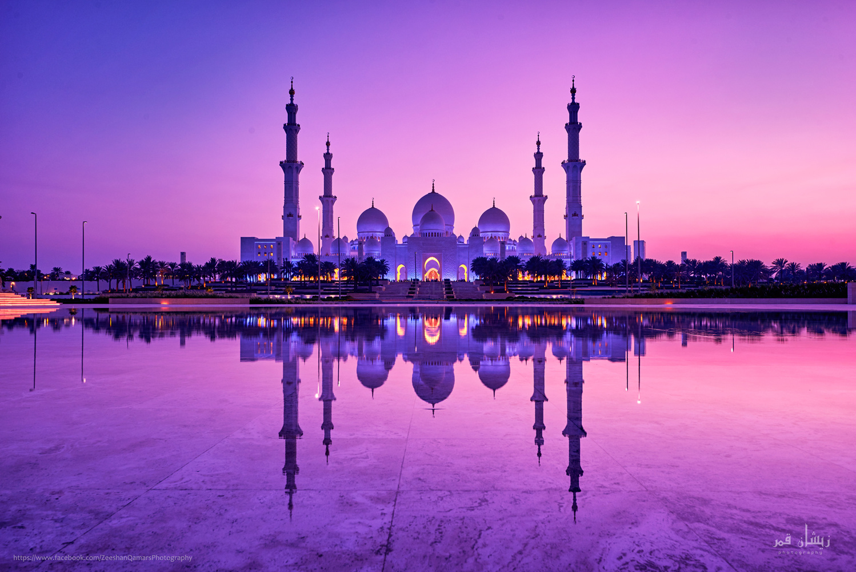 Sheikh Zayed Grand mosque by Zeeshan Qamar
