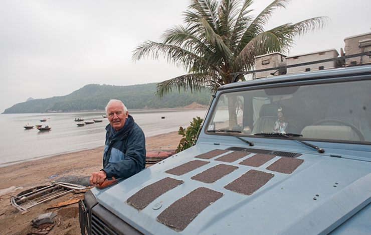 Gunther Holtorf Takes A 23 Year Long Road Trip And Documents The Journey